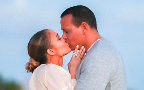 Жениха Дженнифер Лопес заподозрили в измене