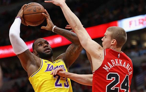 НБА: Лейкерс обіграли Чикаго, Кліпперс поступилися Портленду