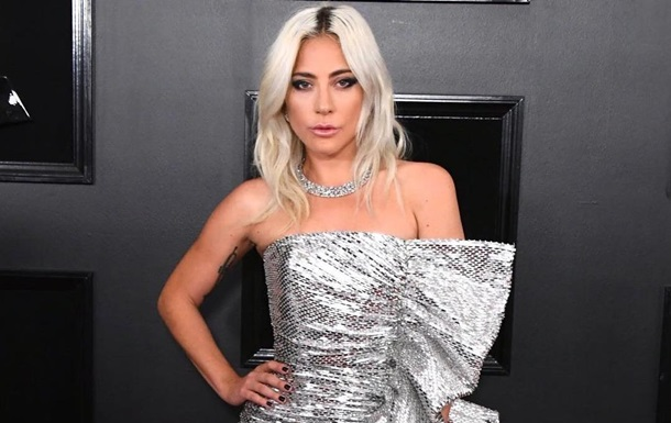 Гага опровергла слухи о беременности