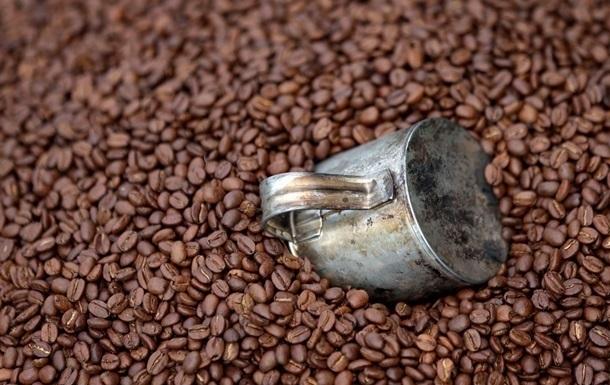 В мире рекордно упали закупочные цены на кофе