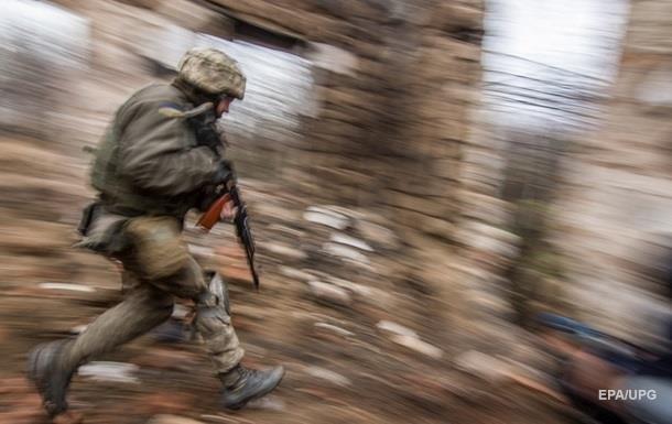 Военные ООС ранены впервые за время перемирия