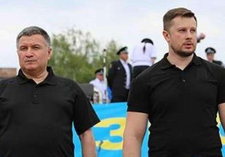 Аваков и Белецкий предали патриотов в борьбе против преступной власти