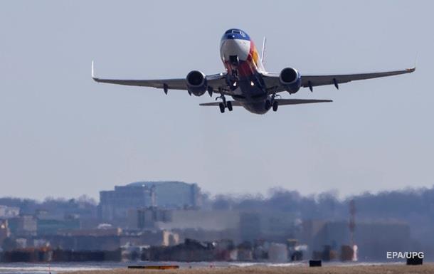 Пілоти Boeing 737 MAX повідомляють про проблеми з керуванням літаком