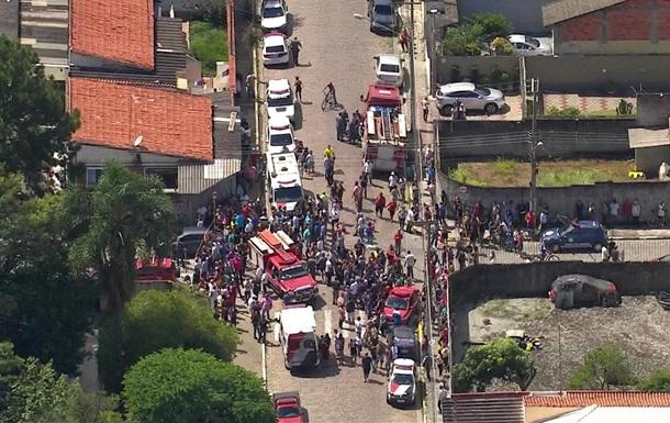 У школі Бразилії сталася стрілянина: вісім загиблих