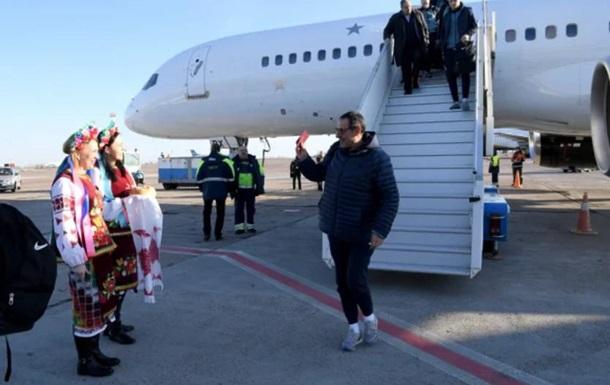 Челси прибыл в Киев без Игуаина