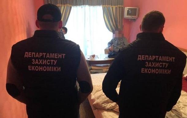 Голову Закарпатського облавтодору підозрюють у крадіжці 1,9 млн грн