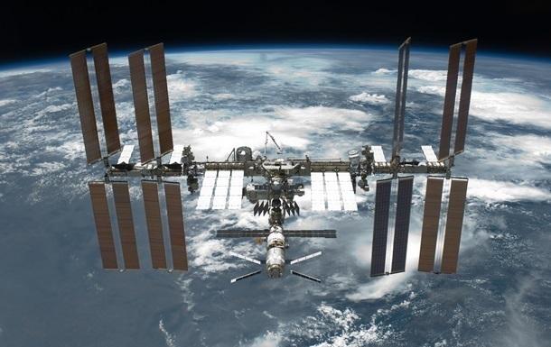 Союз с экипажем успешно пристыковался к МКС
