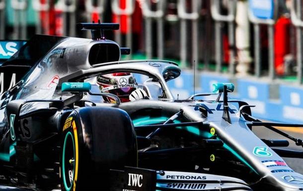 Гран-прі Австралії: Гамільтон виграв обидві п ятничні практики