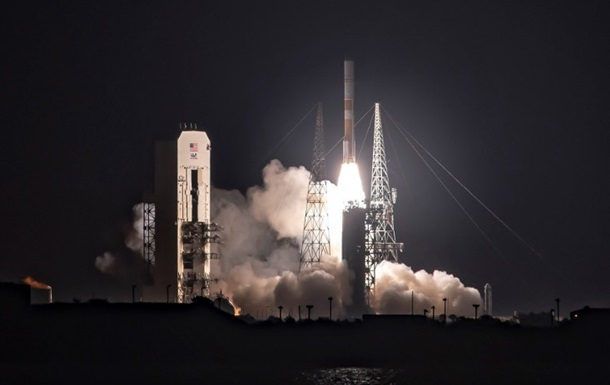 В США запустили ракету Delta 1V с военным спутником связи