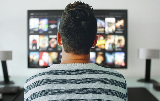 Half of Ukrainians do not support the ban on Russian television channels - poll
