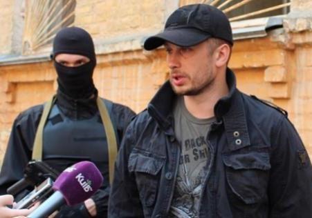 Азовський Рух : ручные  националисты  Авакова, Ахметова и Кремля