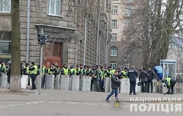 Протесты в Киеве: на дежурство вышли 3 000 копов