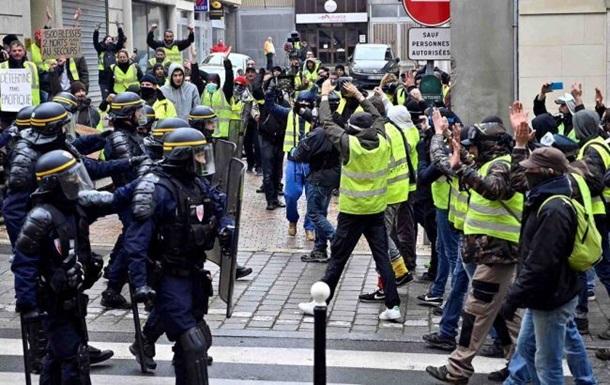 Протесты в Париже: число задержанных превысило 120