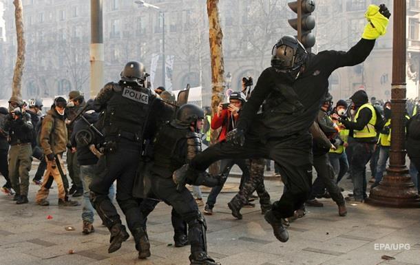 В Париже задержали почти 200 протестующих