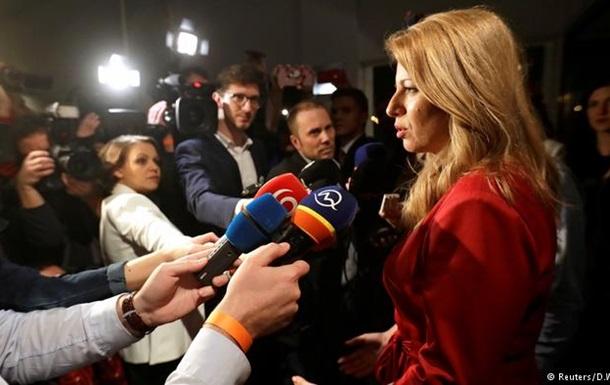 На президентських виборах у Словаччині лідирує жінка-адвокат
