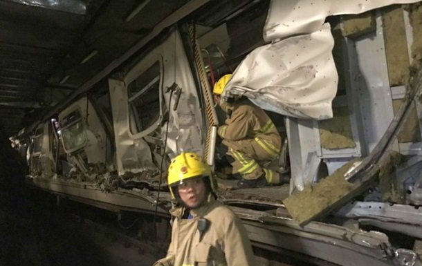 У метро Гонконгу зіткнулися два потяги