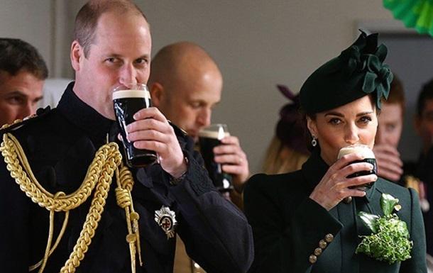 Кейт Міддлтон з чоловіком випили пива в честь Дня святого Патріка