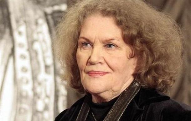 Не носит полит бижутерии. 89-летие Лины Костенко