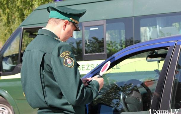 У Латвії українець отримав 4300 євро штрафу за хабар у п ять євро