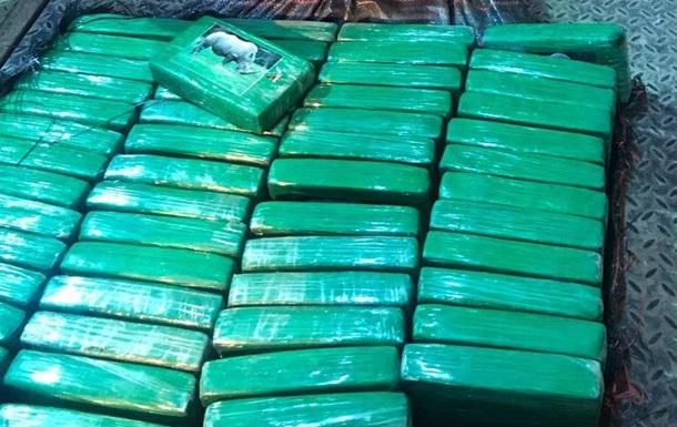 Поліція показала 257 кг кокаїну в бананах з Еквадору