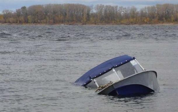 На Херсонщині шукають двох зниклих рибалок, їх човен перекинувся