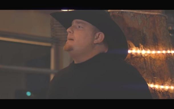 Співак випадково застрелився на зйомках кліпу