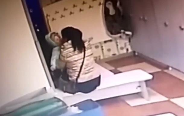 В садике под Киевом воспитательница издевалась над детьми