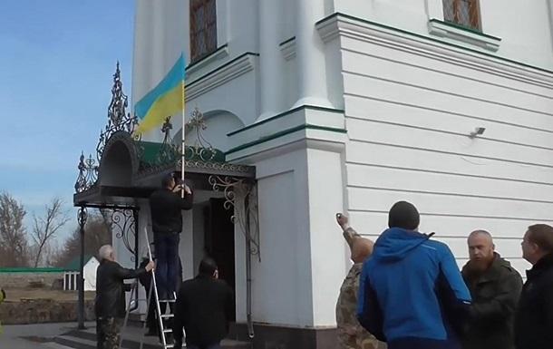 Пять самых шокирующих обстоятельств захвата православных храмов на Украине