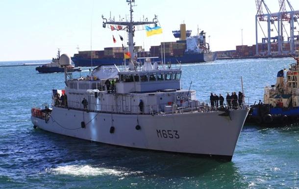 В порт Одессы прибыл минный тральщик НАТО