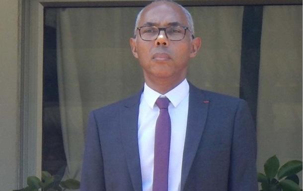 Французький посол звільнений через домагання