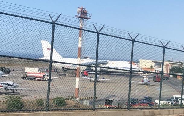 До Венесуели прибули російські літаки і військові – ЗМІ
