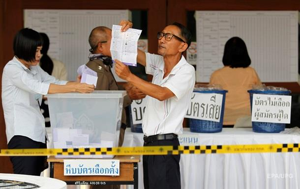 На виборах у Таїланді лідирують прихильники військових