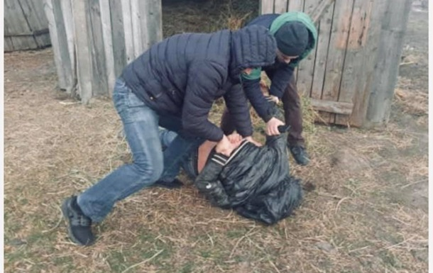 В Хмельницкой области изнасиловали 11-летнюю девочку