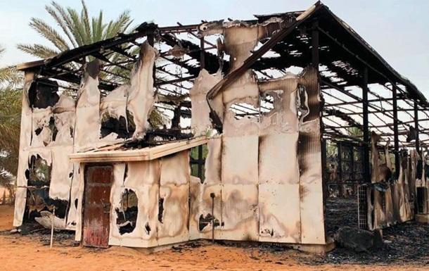 В ОАЭ молния убила 35 дорогостоящих соколов