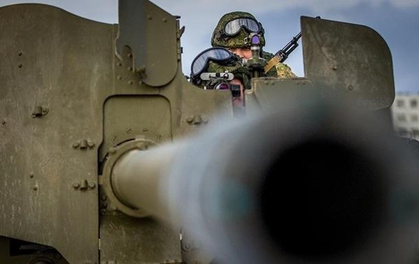 У Криму розпочалися масштабні військові навчання