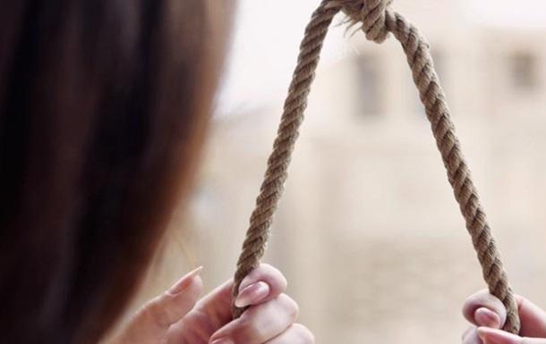 У Житомирській області повісилася 16-річна школярка