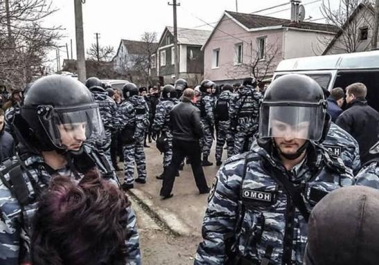 Обыски в Крыму: чего добивается Россия