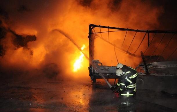 Вибухи у Кропивницькому: горять 15 авто