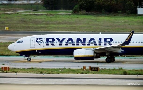 Ryanair запускает еще один рейс из Киева в Испанию