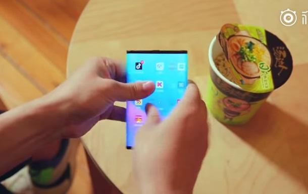 Xiaomi Mi Fold: видео
