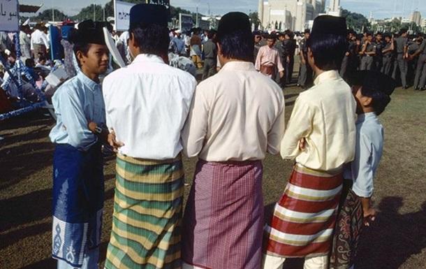В Брунее будут казнить за гомосексуализм и супружеские измены