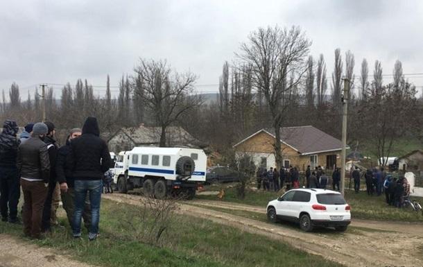 Затриманих кримських татар вивезли в Росію - ЗМІ