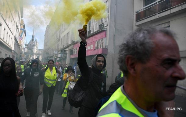 В Париже произошли столкновения полиции с протестующими