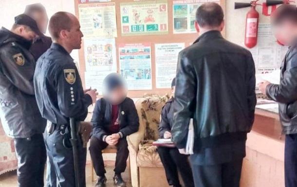 У Чернівцях затримали виборця, який знімав своє голосування на відео