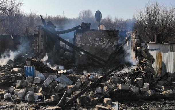 В Луганской области обстрелом со стороны  ЛНР  уничтожен жилой дом