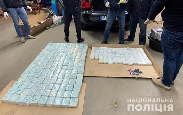 У Київській області вилучили 600 кг героїну