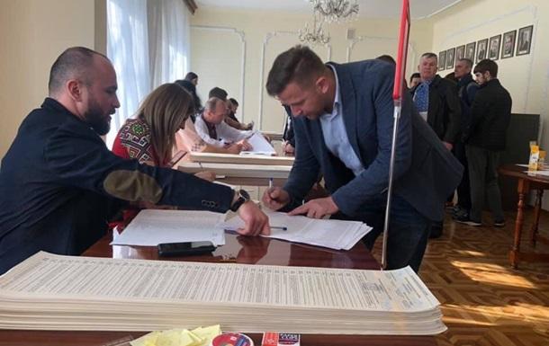 У Варшаві голосування продовжилося після закриття дільниці