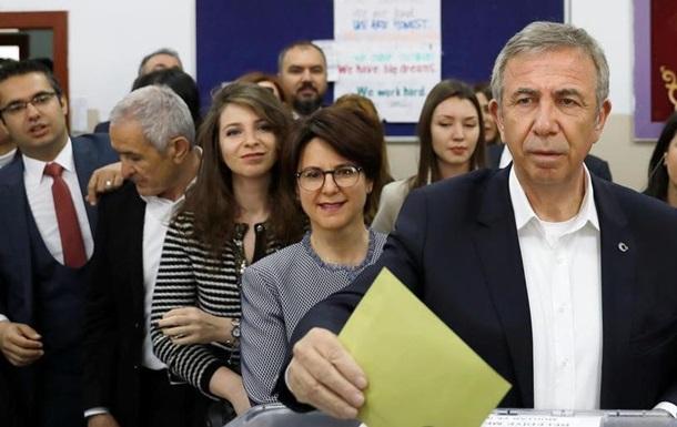 В Анкарі на виборах мера лідирує представник опозиції