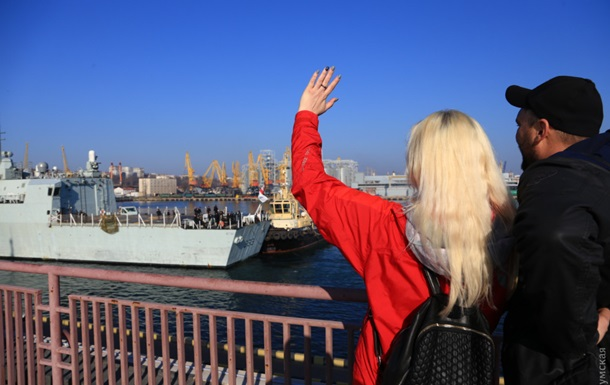 В порт Одессы зашли два фрегата НАТО