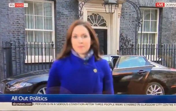 Репортер  зникла  з кадру в прямому ефірі